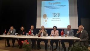 Turizm çalışanlarının sorunları tartışıldı