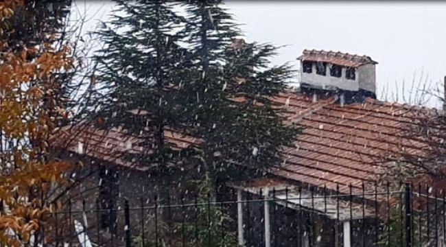 Saklıkent'e mevsimin ilk karı yağdı
