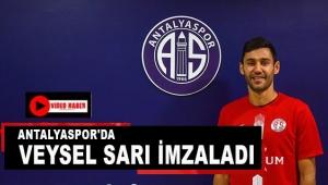 Antalyaspor'da Veysel Sarı imzaladı