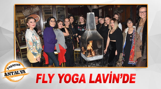Fly Yoga Lavin'de