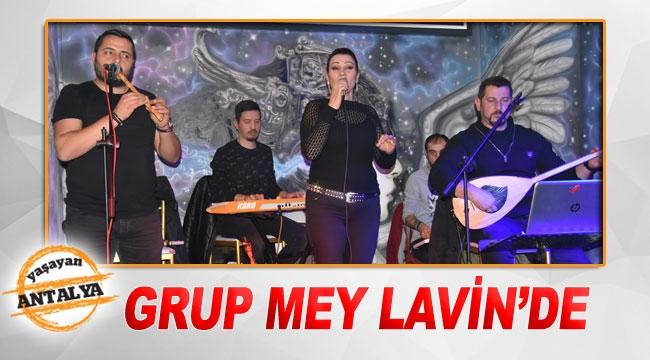 Grup Mey Lavin'de