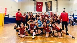 Kepez'in sultanları turnuvada 3. oldu