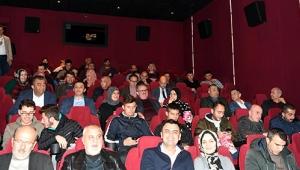Vali Karaloğlu, 'Türkler Geliyor' filmini izledi