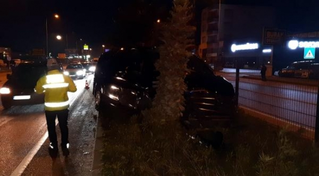 AK Parti'li Özhaseki, Türel ve Yılmaz kazada yaralandı