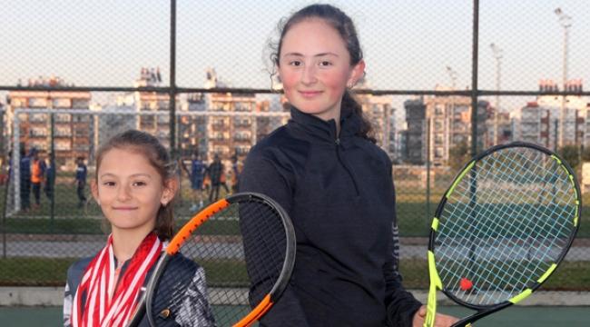 Yasemi'nin hedefi Sharapova olmak