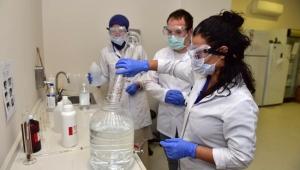 Kepez'de dezenfektan üretimi