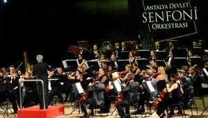 Senfoniden 8 Mart konseri