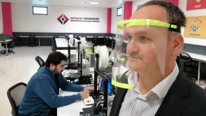 Teknokent'te maske üretimi