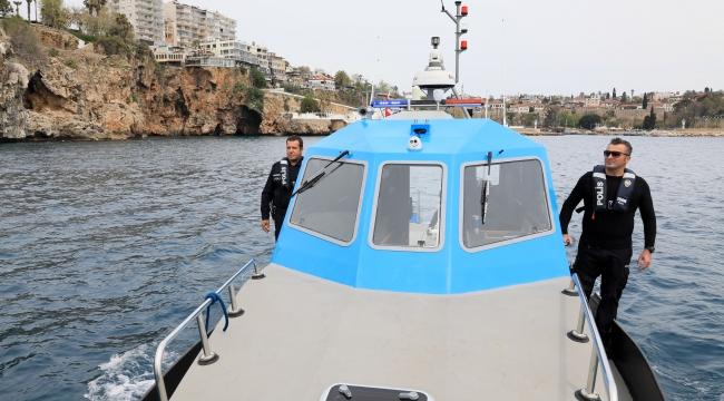 Antalya'ya girişe denizden de izin yok