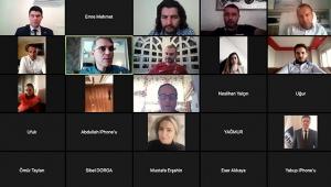 İş insanlarına online konferans