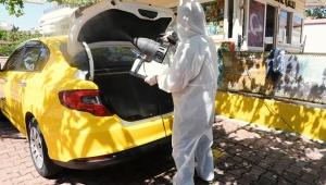 Taksi ve duraklar dezenfekte edildi