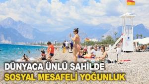 Dünyaca ünlü sahilde sosyal mesafeli yoğunluk