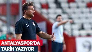 Antalyaspor'da tarih yazıyor