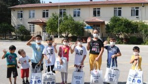 Konyaaltı Belediyesi'nden öğrencilere kırtasiye yardımı