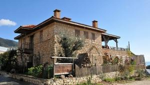 Taş evler ilgi odağı