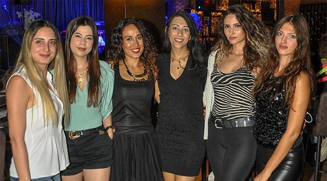 Kadınlar, Melek Mosso'ya hayran kaldı