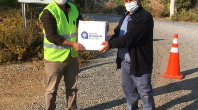 Gazipaşa'da karantinadaki mahallelere Büyükşehir'den destek