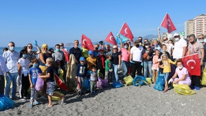 Yerleşik yabancılar sahili temizledi