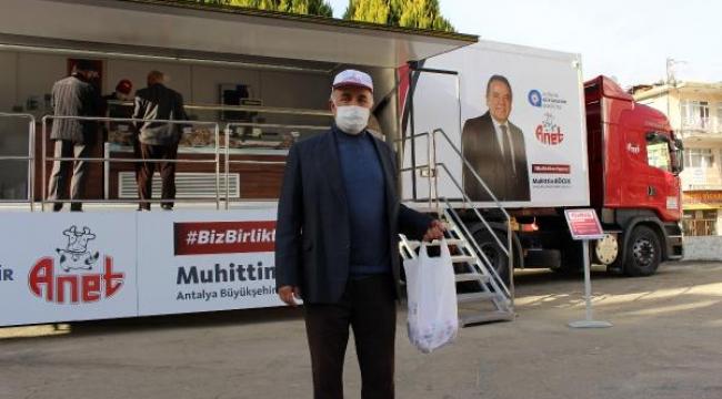 Halk Et Mobil Tırı'na Elmalı'da yoğun ilgi
