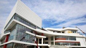 Doğu Garajı Kültür ve Ticaret Merkezi gün sayıyor