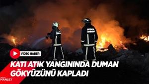Katı atık yangınında duman gökyüzünü kapladı