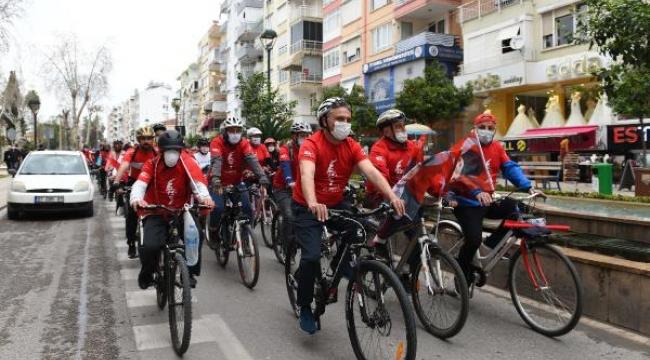 Atatürk'ün Antalya'ya gelişi anısına bisiklet turu