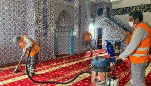 Büyükşehir'den camilerde temizlik