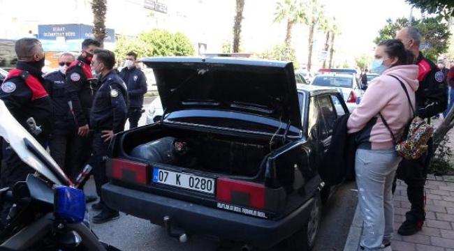 Pompalı tüfekle polislere ateş açan sanığa tahliye