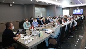 Başkan Böcek bürokratları ile toplandı