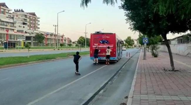 Otobüs şoföründen seke seke kaçtı