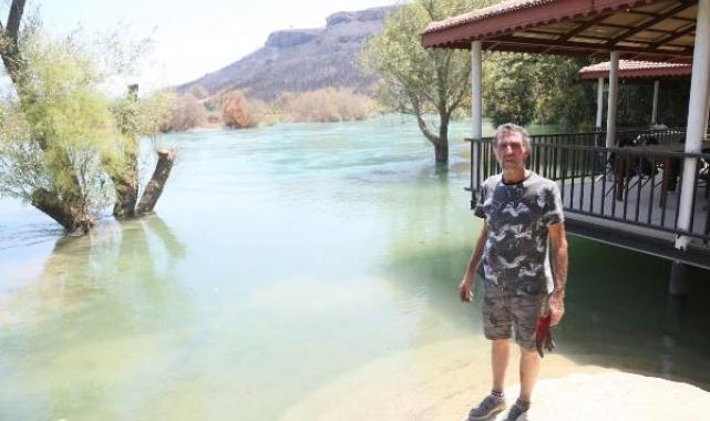 'Yangından kaçarken nehirde boğuluyordum'