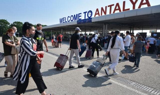 Antalya'ya ekimde5ülkedenturist beklentisi