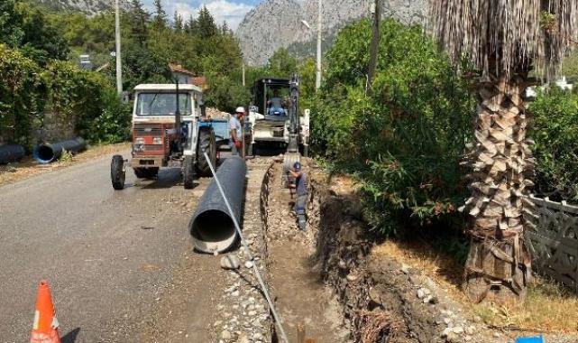 Kuzdere'ye yağmur suyu hattı yapılıyor