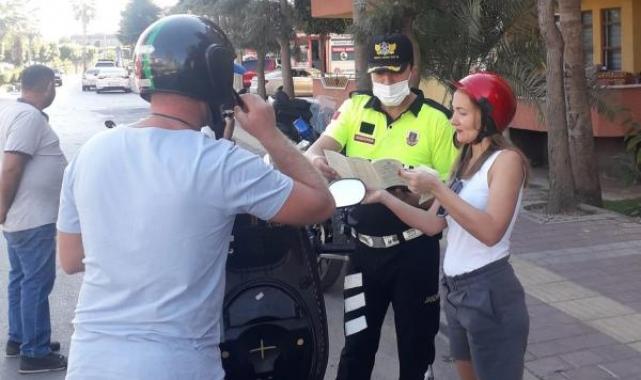 Jandarmadan motosiklet ve kask denetimi