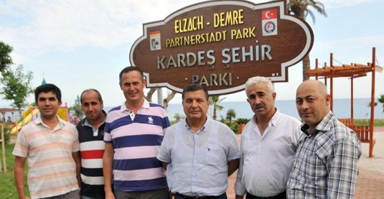 Demre'de kardeş şehir parkı açıldı