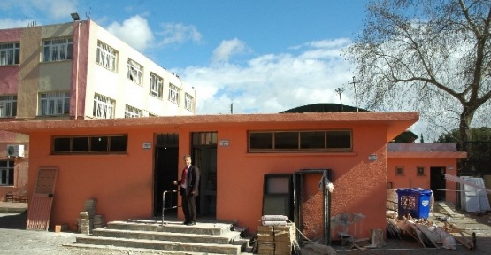 Manavgat'ta Okul Tuvaletleri Modern Hale Getirildi